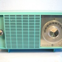 General Electric Table Top AM Radio in Blue/Green Pastel 1950's