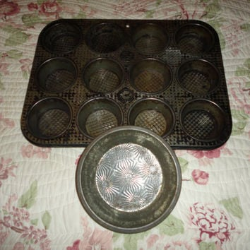 Vintage Ovenex Small Pie Plate And Muffin Tin