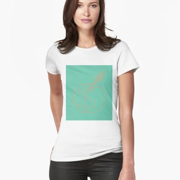 'Peach' T-shirt by VibrantVibe