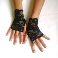 Black lace gloves  fingerless gloves lace armwarmers black gloves free ship