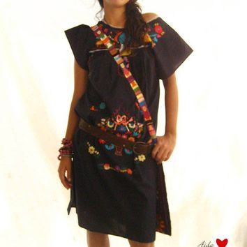 Beautiful handmade Mexican embroidered tunic dress by AidaCoronado