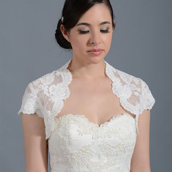 Wedding Top Lace Bridal Bolero Short Sleeves Classic New Bridal Shrug keyhole Jacket White