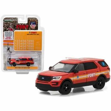 2016 Ford Explorer Fire Department City of New York (FDNY) with FDNY Squad Number Decal Sheet Hobby Exclusive 1/64 Diecast Model Car by Greenlight