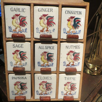 Vintage 50's Rooster Spice Rack 9 Ceramic Shakers Japan Fred Roberts