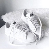 Unisex Men & Women Casual Sport Print Adidas Stan Smith Shoe Pure white