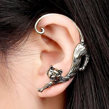SUSENSTONE 2016 New Fashion Gothic Punk Temptation Cat Bite Ear Cuff Wrap For Women Jewelry Gifts Black Golden Earrings