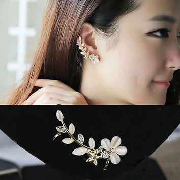 1x Gold Flower Shape Rhinestone Left Ear Cuff Clip Stud Earrings Gift