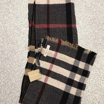 PEAPON BURBERRY CHECK FINE KNIT 100% WOOL SCARF SHAWL Size 170 X 40cm