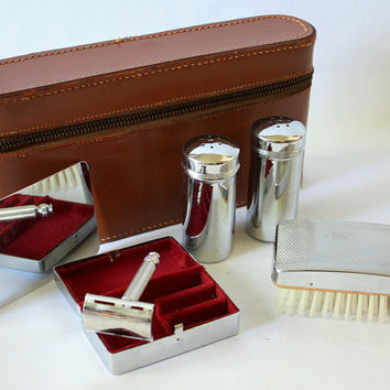 Vintage Gillette Safety Razor Shaving Kit In Leather Case. Chromium Plated. Made in England
