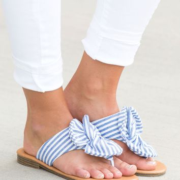 Simply Seersucker Sandals | Monday Dress