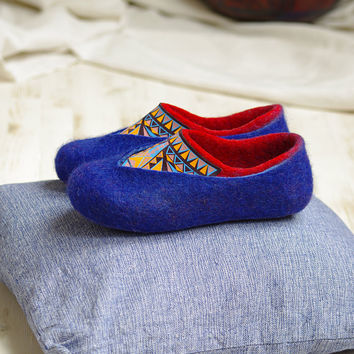 Merino felt slippers- red blue wool slippers- felted slippers- wool slippers for woman- multi color slippers- home shoes- wool clogs
