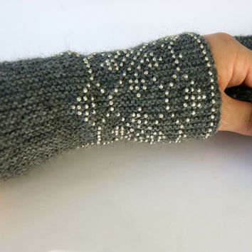 Handmade Beaded grey  Wrist warmers, lage cuffs with silver beads, wool, flowers ornament  Ready to ship