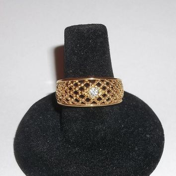 Vintage Avon (signed) Gold Tone Basket Weave Ring Sz8