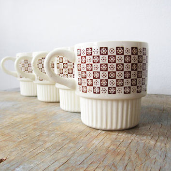 vintage 70s floral checkerboard ceramic mugs by RustBeltThreads