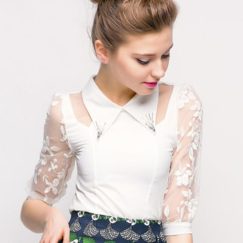 White Beaded Pointed Flat Collar Embroidery Mesh Half Sleeve Top