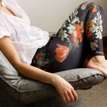 Floral Print Leggings / Womens Leggings / Flower Pattern Leggings / Boho Leggings/Freeberry