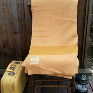 Rare Golden tan HUDSON'S BAY 4 Point Blanket iconic 100% wool Camping Glamping.Made in England.