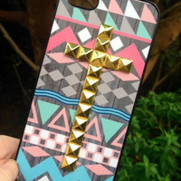 Purple Aztec Tribal Gold Cross Studded Matte iPhone 5 5C Phone Case