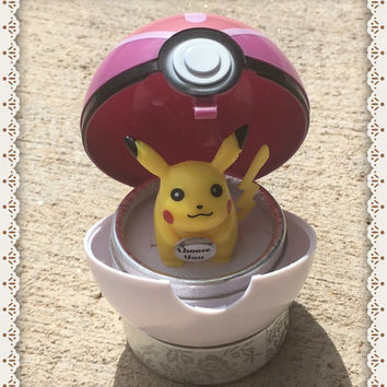 PRe-ORDeR: LOVE POKE BALL RiNG CaSE CONTAiNER . PoKEMON CoSPLAY KAWAii I CHoOSE YoU PiKACHU . PoKEBALL JeWELRY BoX GiFT BoX ENGAGEMeNT