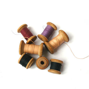 Vintage yarn spool, wooden spool of thread, Black thread, pink thread, Decor cotton threads, vintage spools for sewing machines.