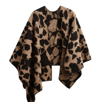 Layla Cape - Animal Print