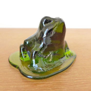 Viking Glass green glass frog paperweight, glass toad