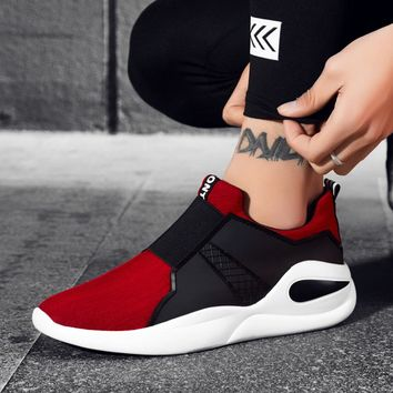 hot sale running shoes Very light for men sneakers Fitness sport sneaker Breathable Air mesh Cool 2018 running shoes