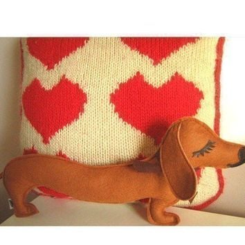 $26.00 Barbeque the Dachshund Weiner Dog Wool Felt Applique by Cuore