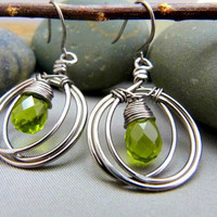 Signature Layered Hoop Earrings with Olive Quartz Briolettes - Niobium Collection