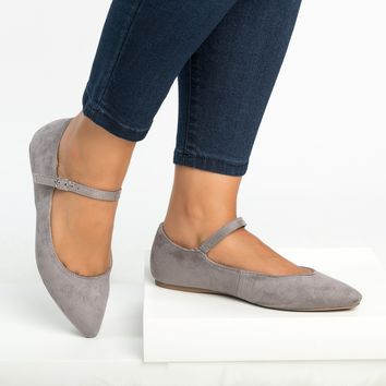 Emma Pointy Toe Flats