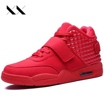 Big Size 39-46 Winter Fashion Men Shoes High Top Casual Red Bottom Suede Leather Men Breathable British Style Zapatillas Femme