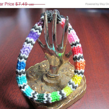 ON SALE Mexican Blanket Hexafish Rainbow Loom Bracelet Party Favor Jewelry