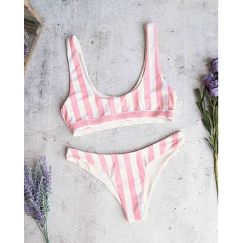 kylie sporty swim top - coral stripes