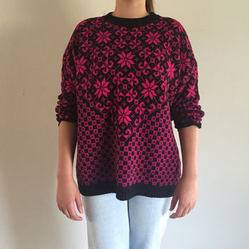 "80s Women's Classic Essentials Sweater Size 22.5"" Made in USA Pink and Clack Floral Geometric Print"