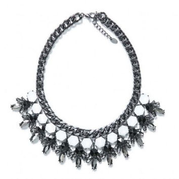 Chic Gunmetal necklace statement