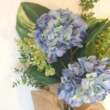 Blue hydrangea door bouquet. Summer wreath,wreath alternative. wreath for summer.