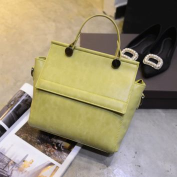 Women fashion handbags on sale = 4473351812