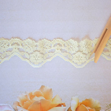 Vintage Lace Trim Pastel Lemon Yellow Floral Lace on Netting, Scalloped Edge