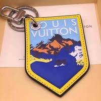 KUYOU LOUIS VUITTON M63840 key chain can be used to make shoulder strap extension chain for bags