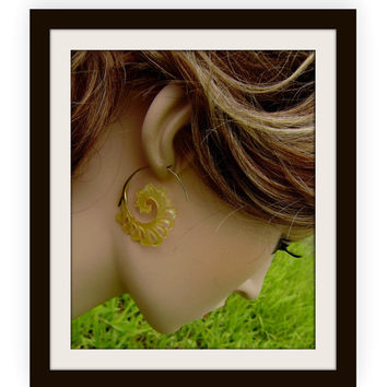 Fake Gauge Earrings- Gold Shell & Mother Of Pearl Earrings-Spiral Hand Carved Tribal Style Fake Piercings