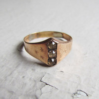 Antique Victorian Men's Ring / 10k Solid Gold by LUXXORVintage