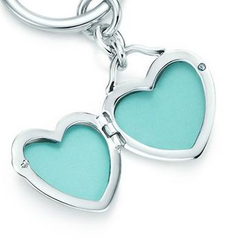Tiffany & Co. | Item | Heart locket key ring in sterling silver. | United States