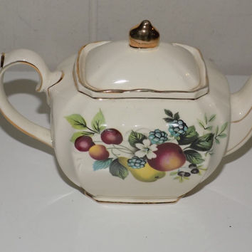 Vintage Sadler Small Teapot  Fruit Gold Edging