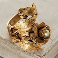 Miss Ellie Rose Pavilion Ring in Gold Size: One Size Rings