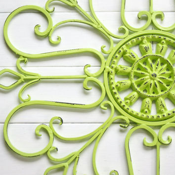 Metal Wall Scroll / Outdoor Decor / Wall Medallion / Lime Green / Scroll / Garden Decor / Home Decor / Wall Hanging / Customize Colors