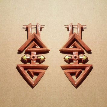Post stick earrings, pyramid, wooden handcraft, organic piercing jewelry, wooden earrings