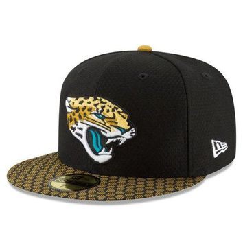 DCCKG8Q NFL Jacksonville Jaguars Men's New Era Black 2017 Sideline Official 59FIFTY Fitted Hat