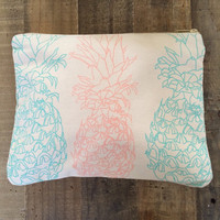 Cameron Hawaii - Pineapples Clutch | Lagoon/Papaya