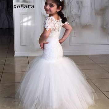 Lace Mermaid Flower Girl Dresses 2019 Little Princess Dress for Wedding Kids Pageant Gowns Sheer Neck Short Sleeve Custom Made