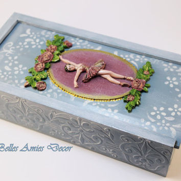 Ballerina jewelry box, ballet wooden pencil box, ballet gifts, schoolgirls gift, cute ballerina gift, gift for girl, wooden box with roses,